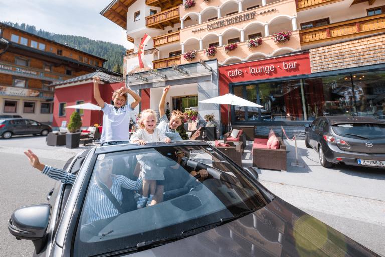 Cabrio-hotel-salzburger-hof-zauchensee5